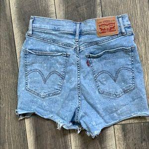 High rise Levi cutoff Jean shorts